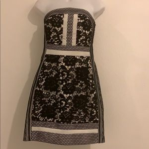 L'atiste Black and white dress